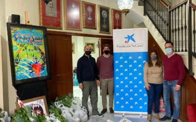 """La Fundación """"la Caixa"""" y CaixaBank colaboran con la Unión de Hermandades de Jerez en el reparto de 500 comidas de Navidad"""
